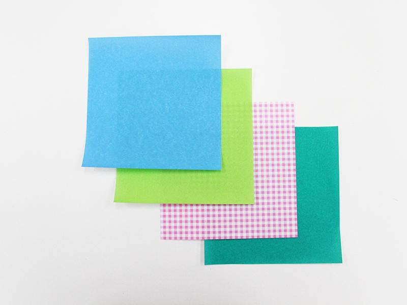 カラフルな折り紙