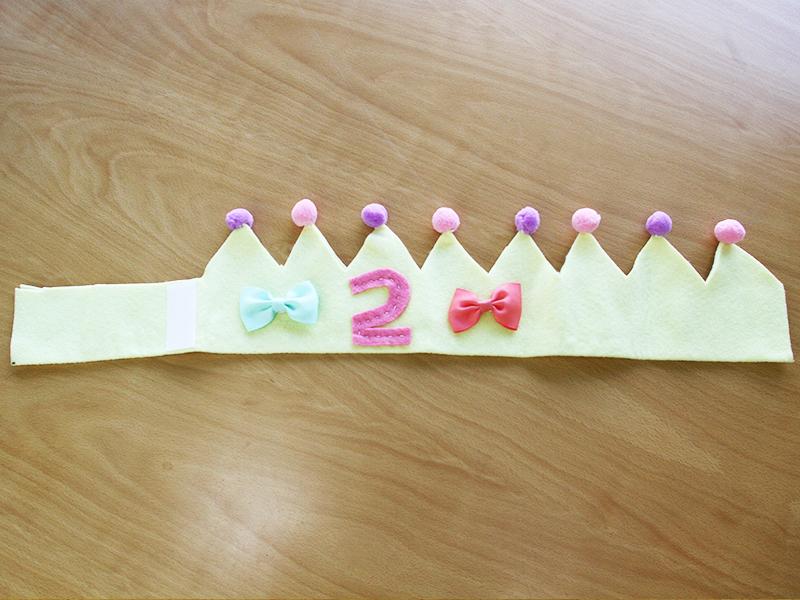 フェルトで作った王冠