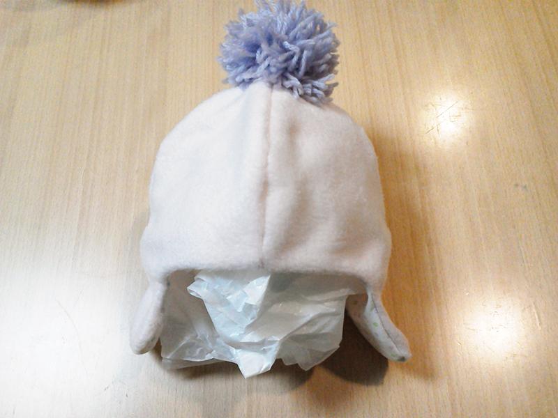 ポンポン帽子